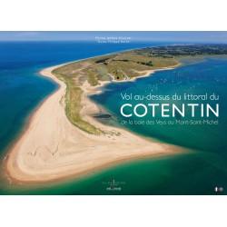Vol au-dessus du littoral du Cotentin, de la baie des Veys au Mont-Saint-Michel
